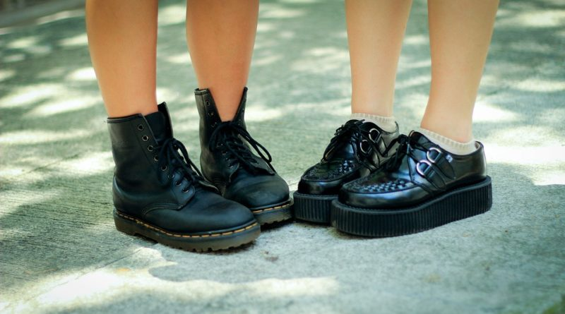 moderní obuvi