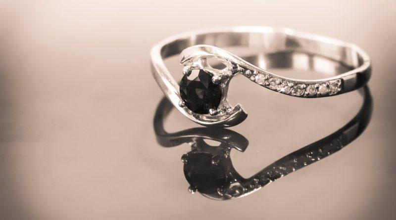 jak nosit pánské prsteny